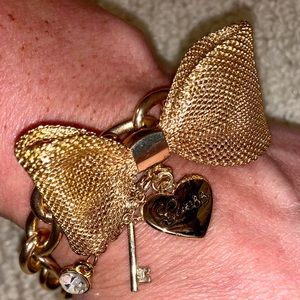 Jewelry - Gold Guess Bling Bow Bracelet